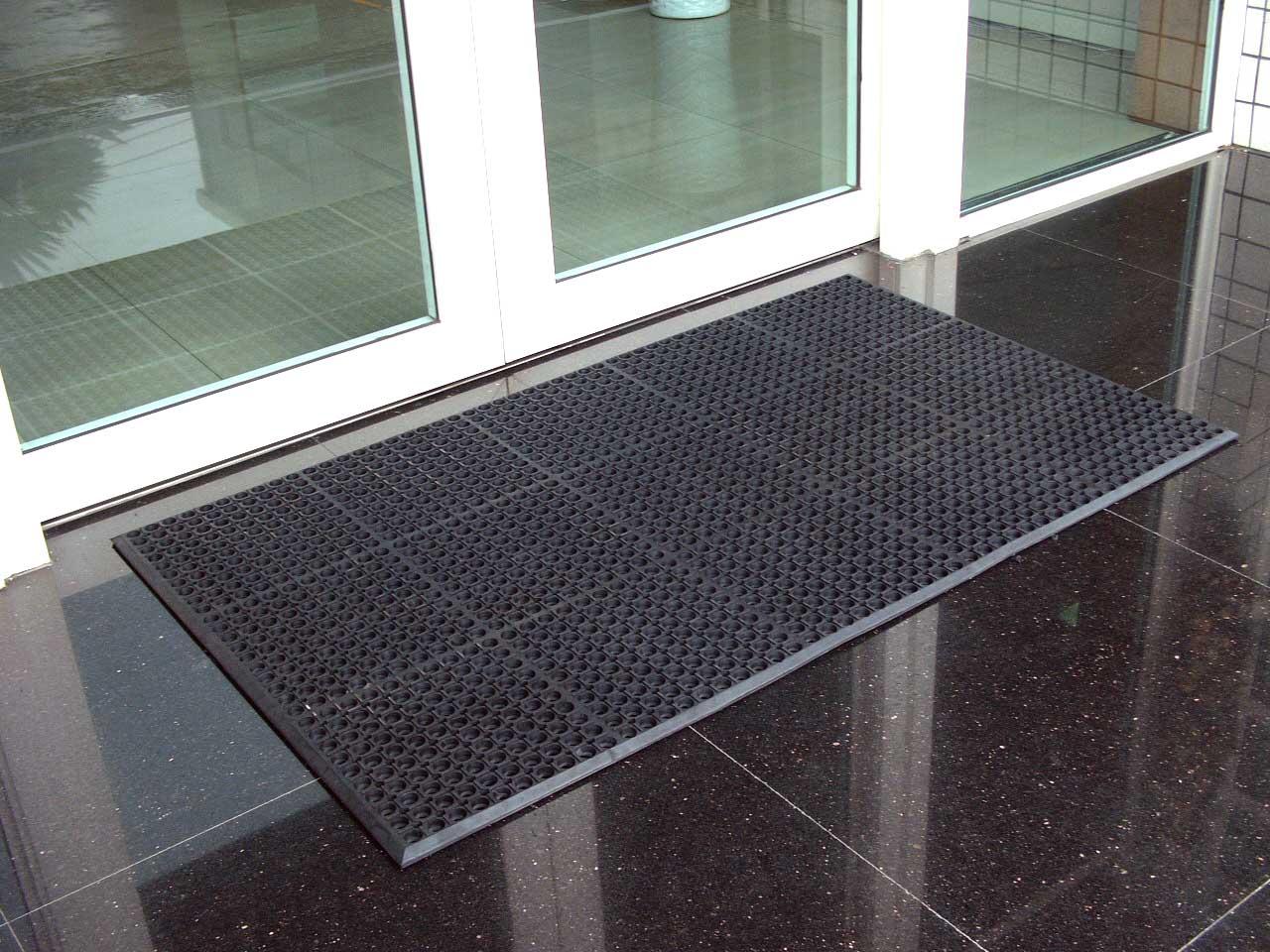 Industrial Rubber Flooring Tiles Floor Mat Manufacturer